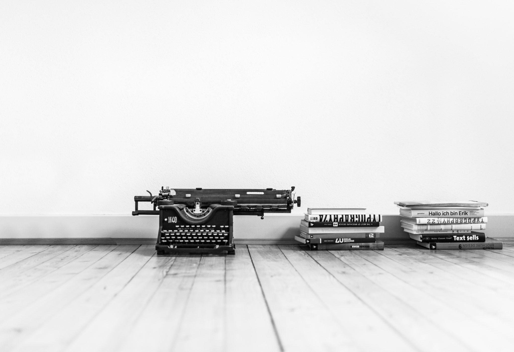 Schreibmaschine ds-Magazin. Alles, was heilig ist